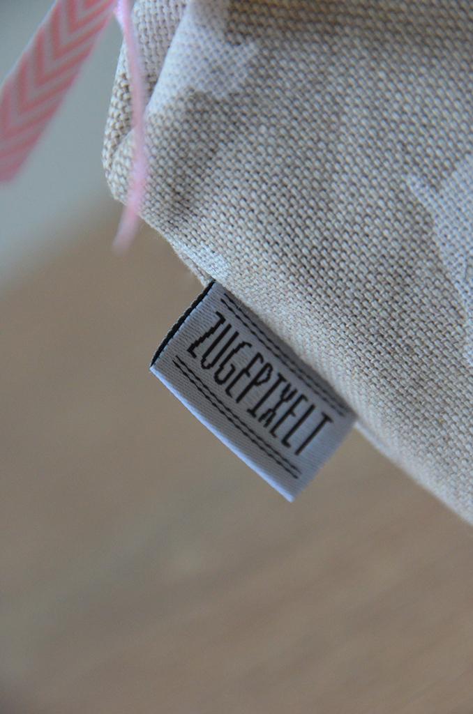 Zugepixelt Kosmetiktasche Label